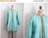 30% SALE / 60s spearmint green embroidered kaftan jacket - Moroccan jacket / 1960s Indian jacket - hippie luxe / metallic gold lurex trim &