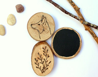 Set 3 magnets wood wolf