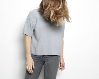 vintage SLOUCHY slate blue grey v-neck LIGHT knit tank top sweater shirt