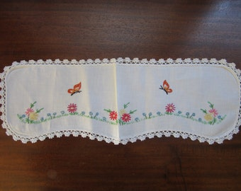Vintage Embroidery Linen Butterflies and Flowers Doily
