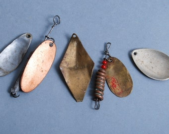 Set of 5 vintage metal spoon baits, plates with hole, lure, connector