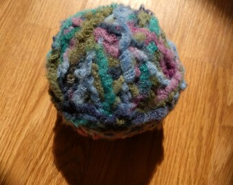 2 balls unlabeled soft bulky yarn