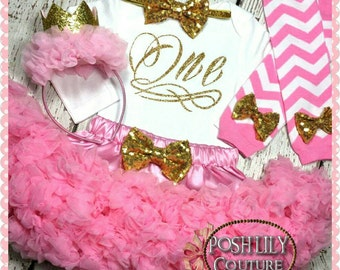 First birthday girl outfit, pink and gold one birthday set, one outfit, gold glitter one bodysuit, pink and gold birthday smash cake outfit