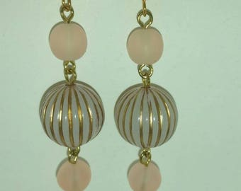 Light pink dangle earrings