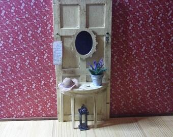 Dollhouse Miniature Hall Table, scale 1/12