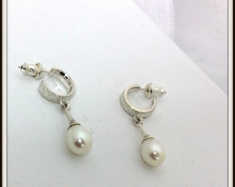 OOAK Sterling silver hoops earrings post earrings  soft cream white  freshwater pearl natural color no treatment