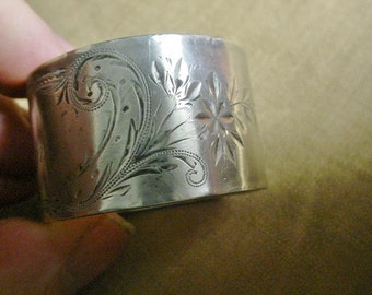 Engraved Napkin Ring Victorian Vintage Sterling Silver Lilian name engraved Bright Cut Decoration Gorham Lillian