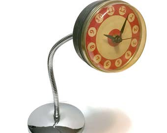 Vintage 1970s Gooseneck desk or wall clock, Takane movement, made in USA, mod, chrome, metal and plastic