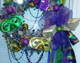 MARDI GRAS WREATH Beads nEW oRLEanS by Mama Duck Creations