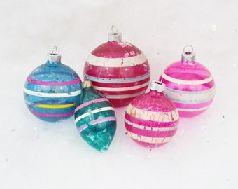 Vintage Unsilvered Christmas Tree Ornaments Striped Tear Drop Mixed Lot of 5 Pink Red Blue Aqua Chippy Shabby WWII Era 1940's