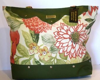 green handbag purse pocketbook tote bag