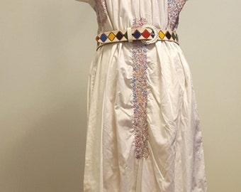 Vintage 70s Oaxacan Mexican Wedding Dress. Hand Embroidered. Openwork. Little People. Med to Lg