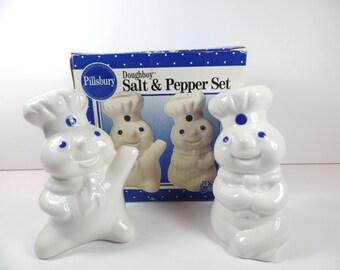 Vintage Pillsbury Doughboy Salt & Pepper Shaker Set - Pillsbury Doughboy - Pillsbury   - Salt And Pepper Shakers - Doughboy