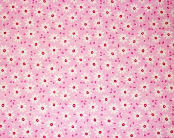 Quilting Fabric, By The Yard Fabric, Flower Fabric, Lakehouse Fabrics, Daisy Vine Collection, Pink Fabric, Sewing Craft Fabric, Novelty