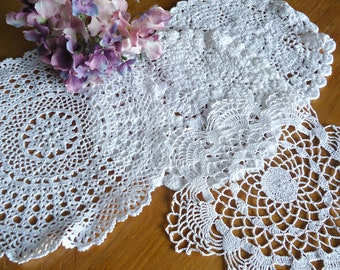 4 Doilies Doily Crocheted Doily White Vintage Doilies  F1