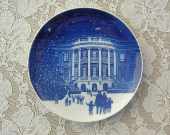 "Christmas Eve at the Whitehouse, small Bing and Grøndahl ""Christmas in America' 1987, collectible plate, Christmas gift"