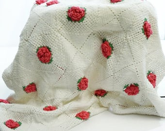 Vintage crochet throw, Antique crochet spread, Crochet rose pattern, Handmade cotton throw