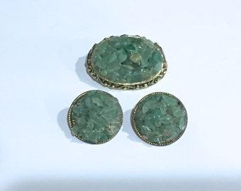 Vintage Jade Nugget Chip Brooch and Earrings Gold Brooch Jade Chips Clip on Earrings Very Nice