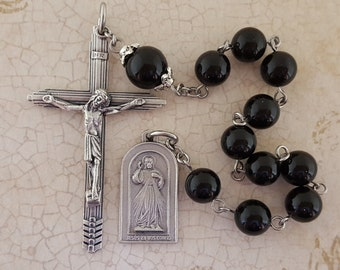 One Decade Rosary, Divine Mercy, Black Onyx, Black Agate, Saint Faustina, Divine Mercy Tenner, Stainless Steel,Tenner,Gemstone,Pocket Rosary