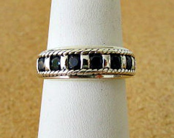 vintage 80s genuine blue sapphire sterling band ring size 7.5 free shipping