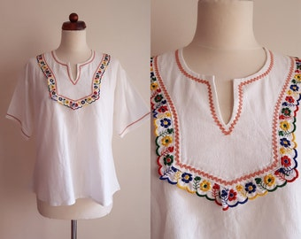 Vintage Peasant Blouse - 1970's Guatemalan Embroidered Blouse - Size L