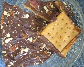 Saltine Candy Bacon Habinero Pepper Dark Chocolate, others 15 oz