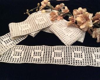 Vintage Handmade Dark Ivory Light Ecru Cotton Crocheted Trim, Vintage Handmade Lace, Vintage Crochet