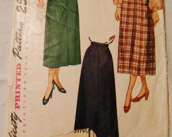 Simplicity 2624 Vintage 40s Skirt Sewing Pattern,   Waist 28 Hips 37