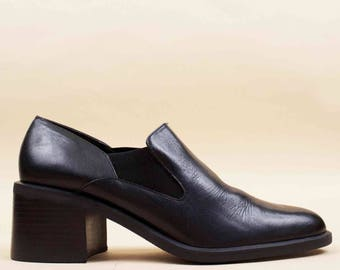 90s Vtg Black Platform Chunky Stacked Heel Loafers / Slip On Minimalist Mod Sleek Almond Toe 8.5 Eu 39