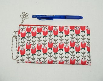 "Padded Zipper Pouch / Pencil Case / Cosmetic Bag Made with Cotton Fabric ""Tulips - Red"""