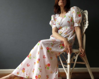 Vintage 70s White Floral Maxi Dress Cheese Cloth Dolly Boho Medium