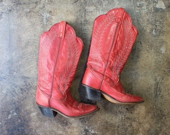 Size 6 M / Red Cowboy Boots / Women's Leather Western Boots / Vintage Shoes
