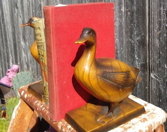 Vintage Faux Wood Ceramic Duck Bookends