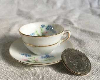 Demitasse Teacup - Occupied Japan - Porcelain Cup and Saucer Set (stand included)