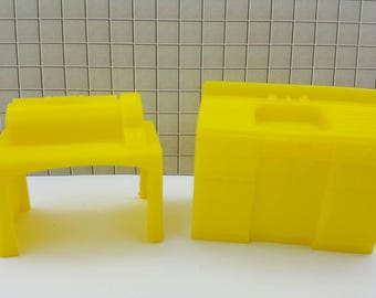 Marx Superior Yellow Sink and  laundry Mangle Soft  Plastic Laundry room