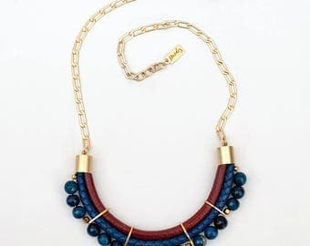 Brick and navy blue agate Necklace by Pardes
