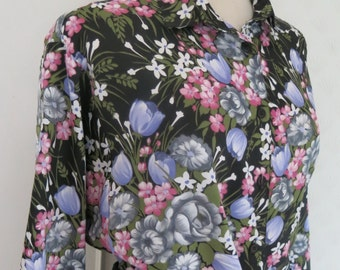 Norwegian floral  vintage blouse / shirt
