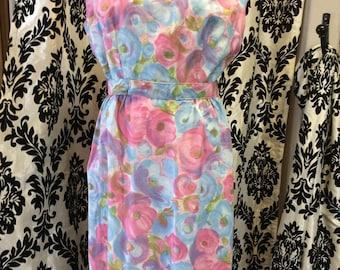 50's Form Fitting Floral Sundress