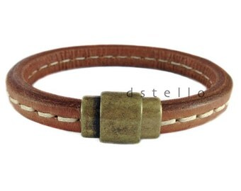 Mens leather bracelet - vintage inspired cuff - Spanish leather with antique old gold magnetic clasp - Great gift for him -