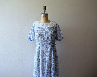 1930s vintage dress . 30s blue and white floral dress
