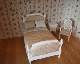 Dollhouse bed shabby antique, French style /armchair