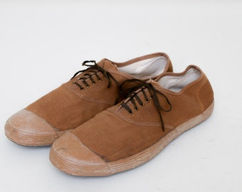 1960s Tennis Shoes Canvas Brown Canvas Athletic Shoe