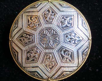 Vintage 50's round damascene brooch gold tone geometric pattern star flower (4732)