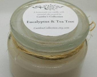 SALE!!! / 10 oz Eucalyptus & Tea Tree Essential Oils Soy Candle in Apothecary Jar / black friday sale // Holistic Gift // Homemade // No Dye