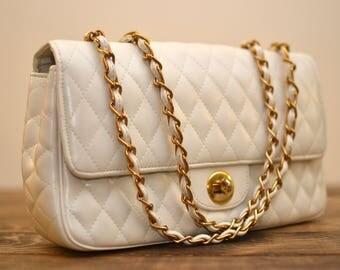 Vintage Quilted Vegan Leather White Chain Strap Shoulder Bag