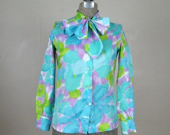 ON SALE // Vintage 1960s Blouse 60s Floral Watercolor Print Blouse with Ascot Bow Size S