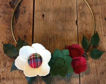 Modern Christmas Wreath/Felt Flower Wreath/Christmas Wreath