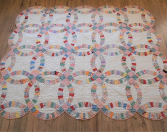 Antique Vintage Double Wedding Ring Quilt - Feedsack Fabrics
