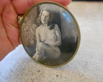 Female Nude Vintage French Celluloid Pocket Mirror Pin Up Girl Collectable
