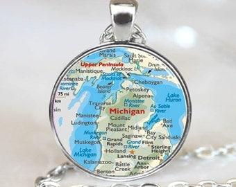 Michigan Map Pendant, Michigan Map Necklace, Michigan Map charm, Michigan Map Jewelry  (PO0613)